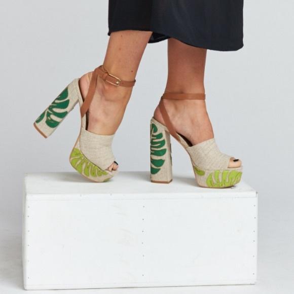 9448fd2458ce Dolce Vita Shoes - Dolce Vita Lando Tropical Platform Sandals
